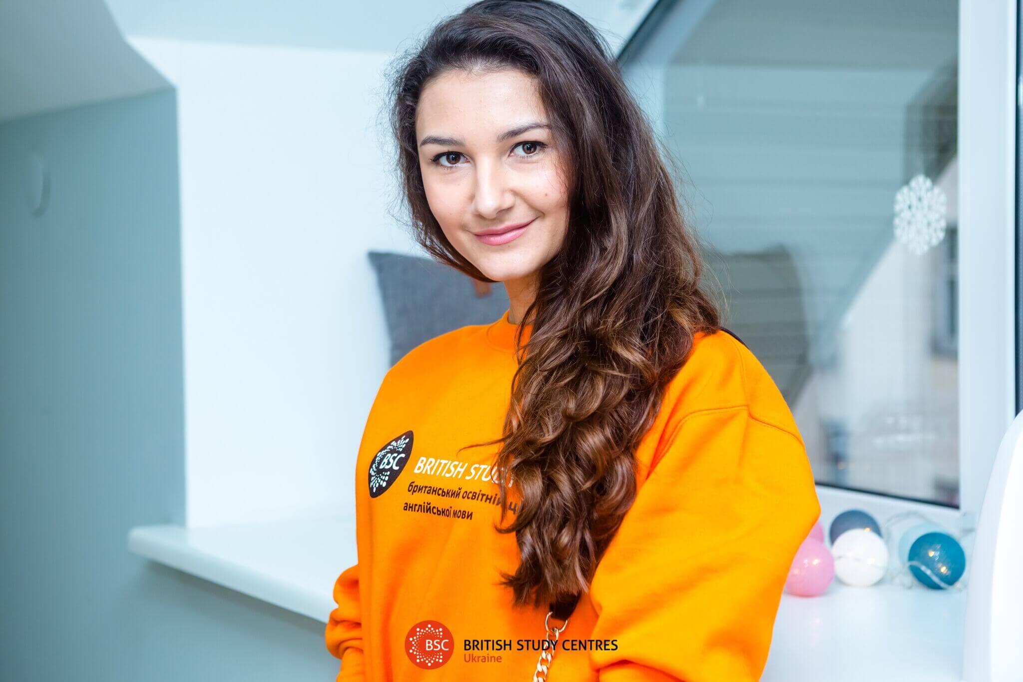 Олена Гречанюк